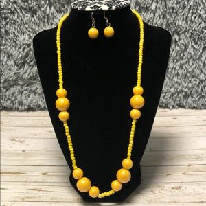 Necklace and earrings yellow chunky beads set